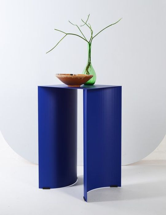 ok-design-arc-table-cobalt-blue